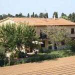 Veduta aerea dell'Agriturismo Diciocco in Toscana tra la campagna e il mare